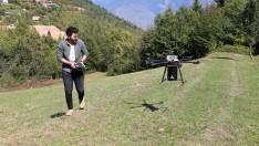 Drone ile 10 dakikada bin 500 tohum ekiyorlar