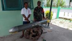 Endonezyalı bir balıkçının ağına Çin yapımı sualtı dronu takılmış